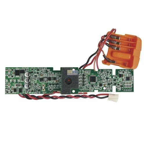 Klick zeigt Details von Elektronik mit Drähten
